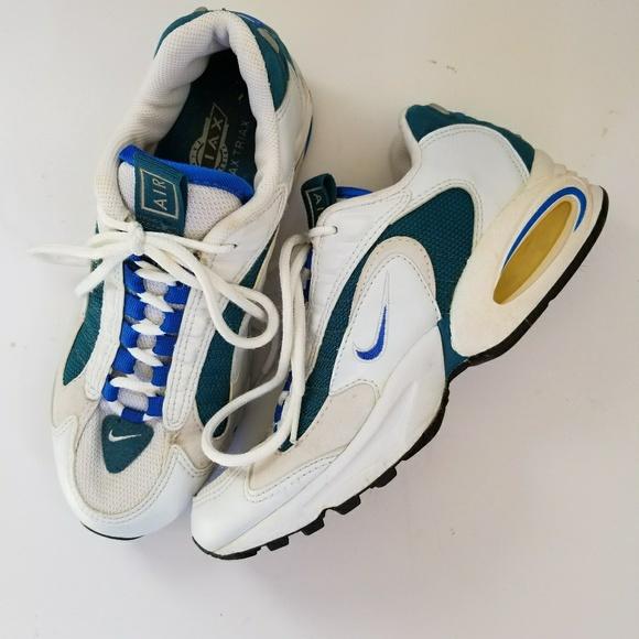 3e3302e41b Nike Air Max Triax running shoes sz 6.5. M_5a80d8bd8af1c5f7936ab6cf